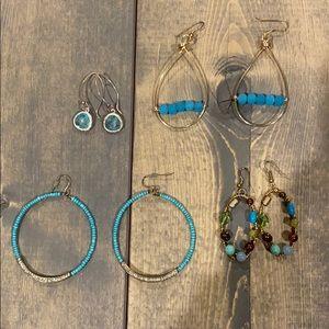 Jewelry - Assorted earrings